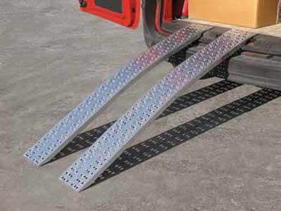 Oprijplaten Metalmec HLS en HS recht en gebogen